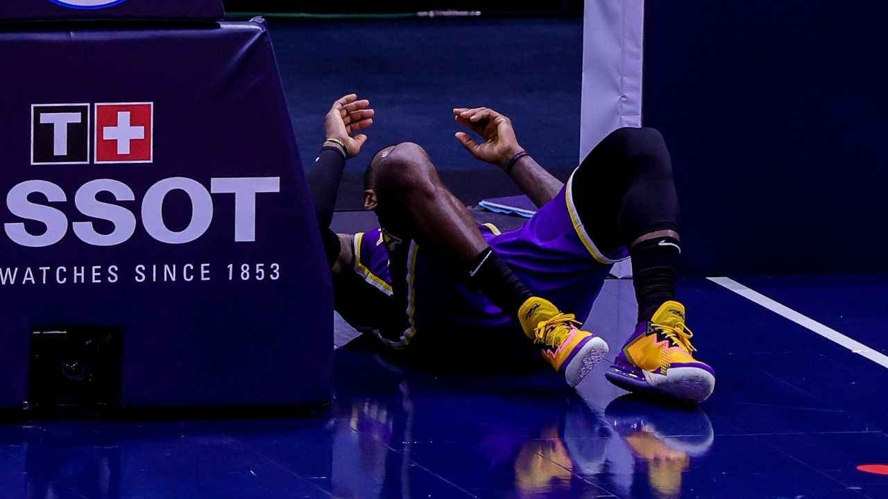 """""""It was a tweak, I'll be fine"""": LeBron James provides ankle injury update after collision with Nickeil Alexander-Walker in Lakers vs Pelicans"""