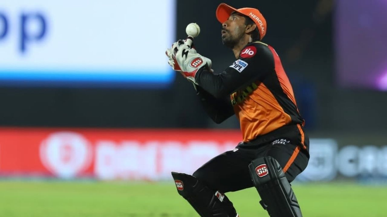 """Resumption of IPL 2021 is doubtful"": Wriddhiman Saha opines on playing IPL 2021 without overseas players"