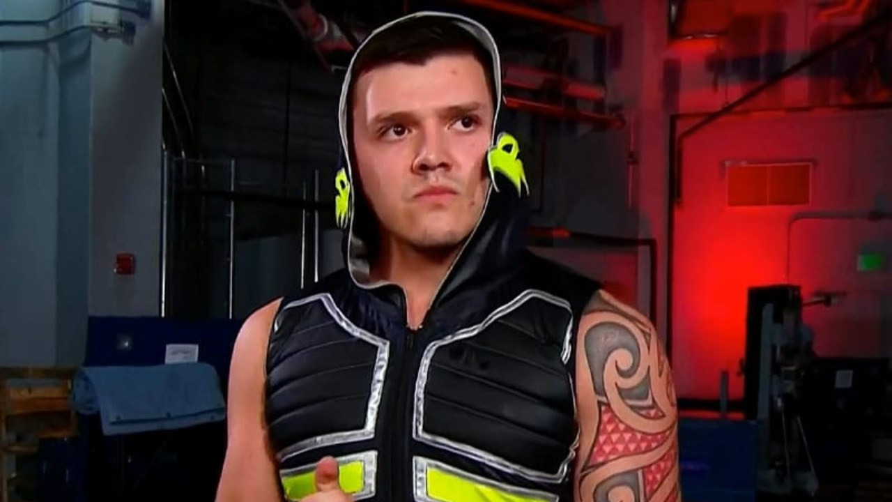 Dominik Mysterio names SmackDown Star he wants to face down the line