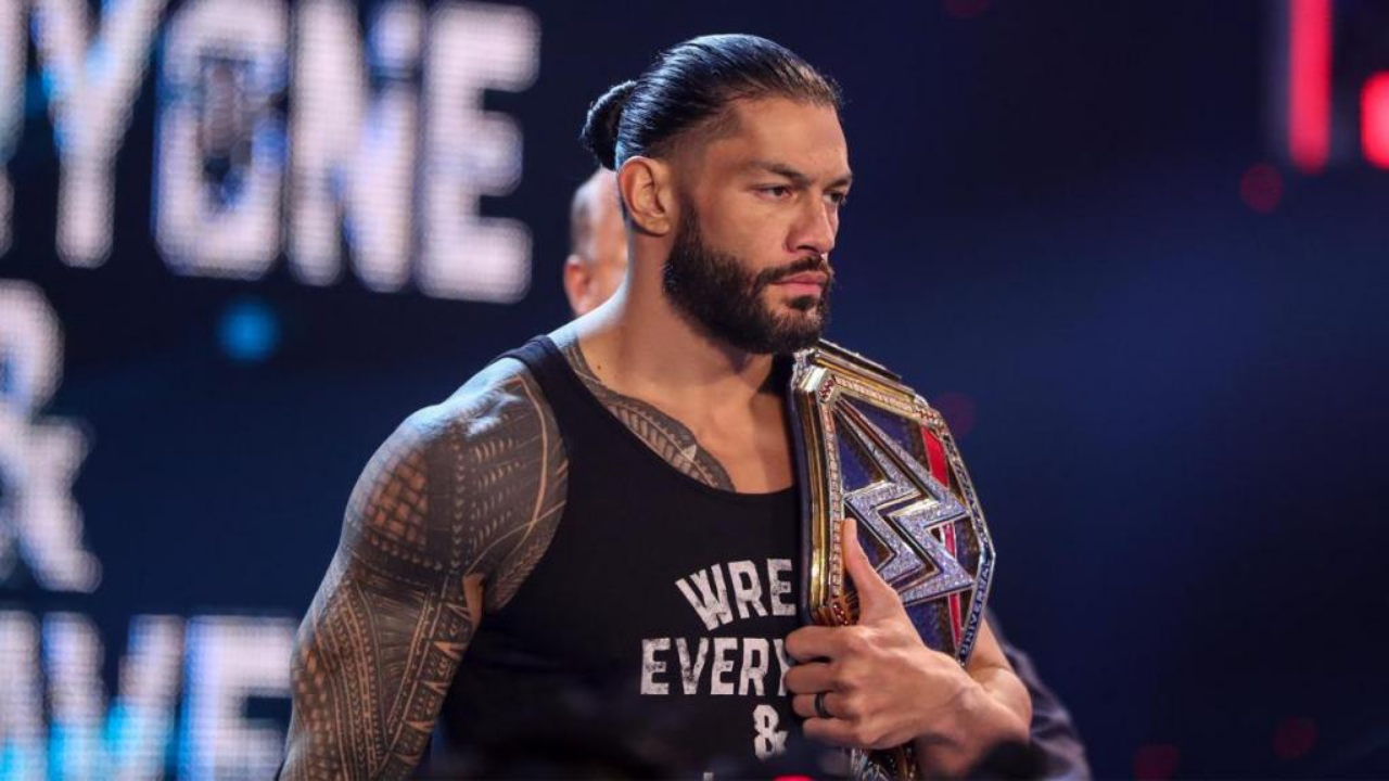 Roman Reigns unveils new entrance theme on WWE SmackDown!