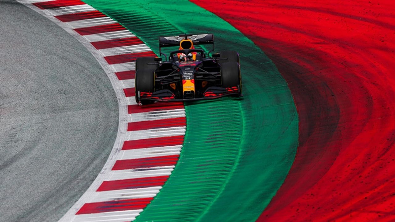 WATCH: Can a regular person drive a Formula 1 car? Find out!