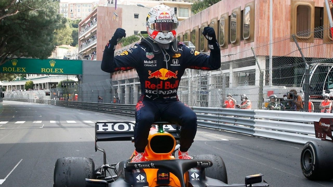 """I always see an overlap between Verstappen and Ayrton Senna""– Honda F1 boss"