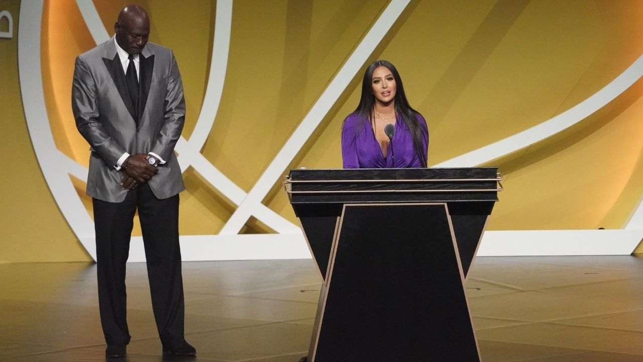 """""""Kobe Bryant didn't want to disappoint his fans"""": Vanessa Bryant's words are proof of why the Black Mamba is so beloved by NBA fans"""