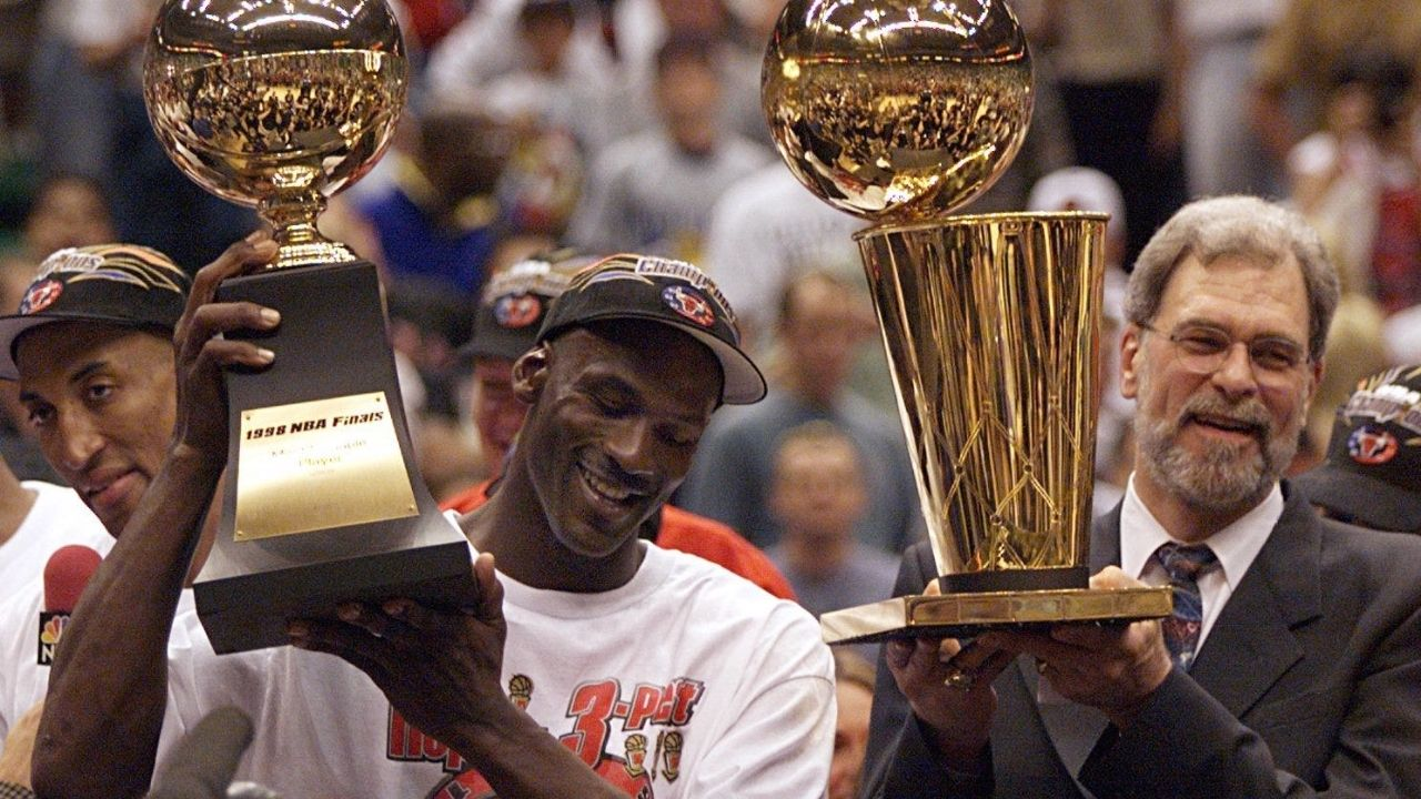 """""""Michael Jordan had the most odd pregame meal"""": Tim Grover explains the reason behind why the 'GOAT' used to eat a whole steak before Bulls games"""
