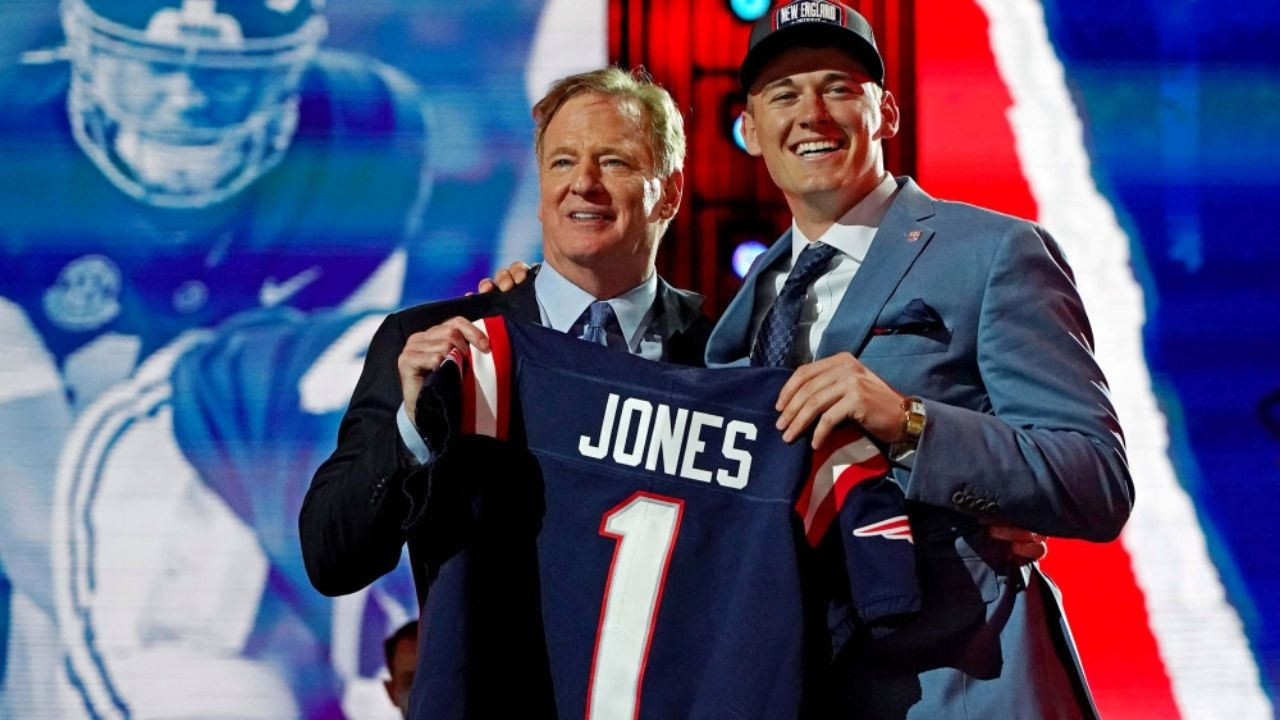 """""""It's not easy playing in New England, especially after Tom Brady"""": Julian Edelman comments on Mac Jones and the Patriots' QB situation"""