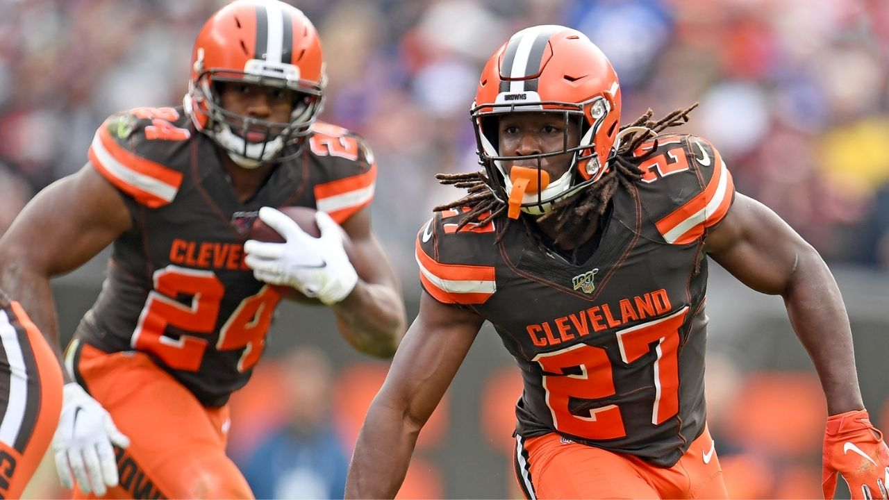 """""""Pay that man. He's a freak of nature."""": Kareem Hunt wants his RB teammate Nick Chubb to sign a contract extension"""