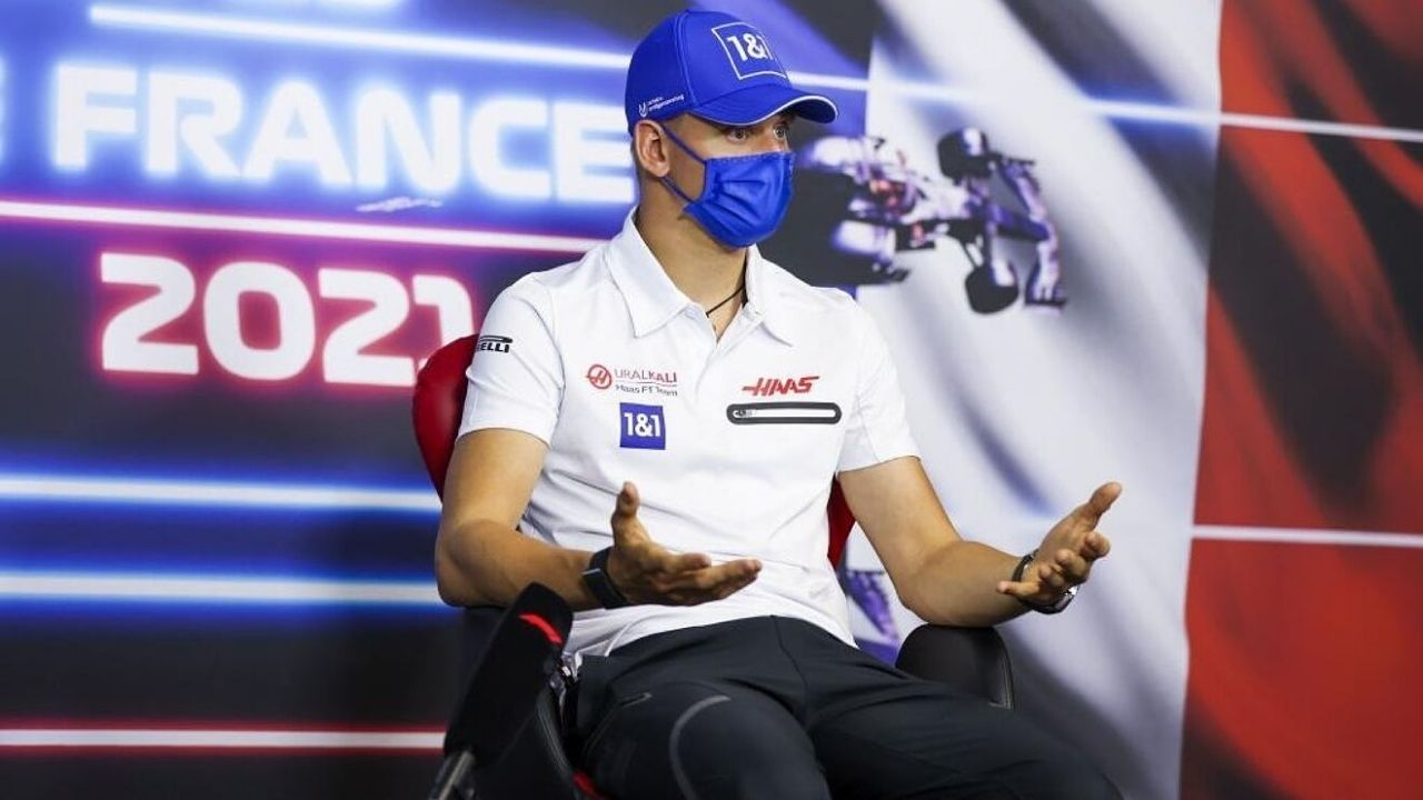 """""""I don't want to risk a fight""""– Mick Schumacher will not wear Germany's jersey while watching Euro 2020 game against England with his British teammates"""