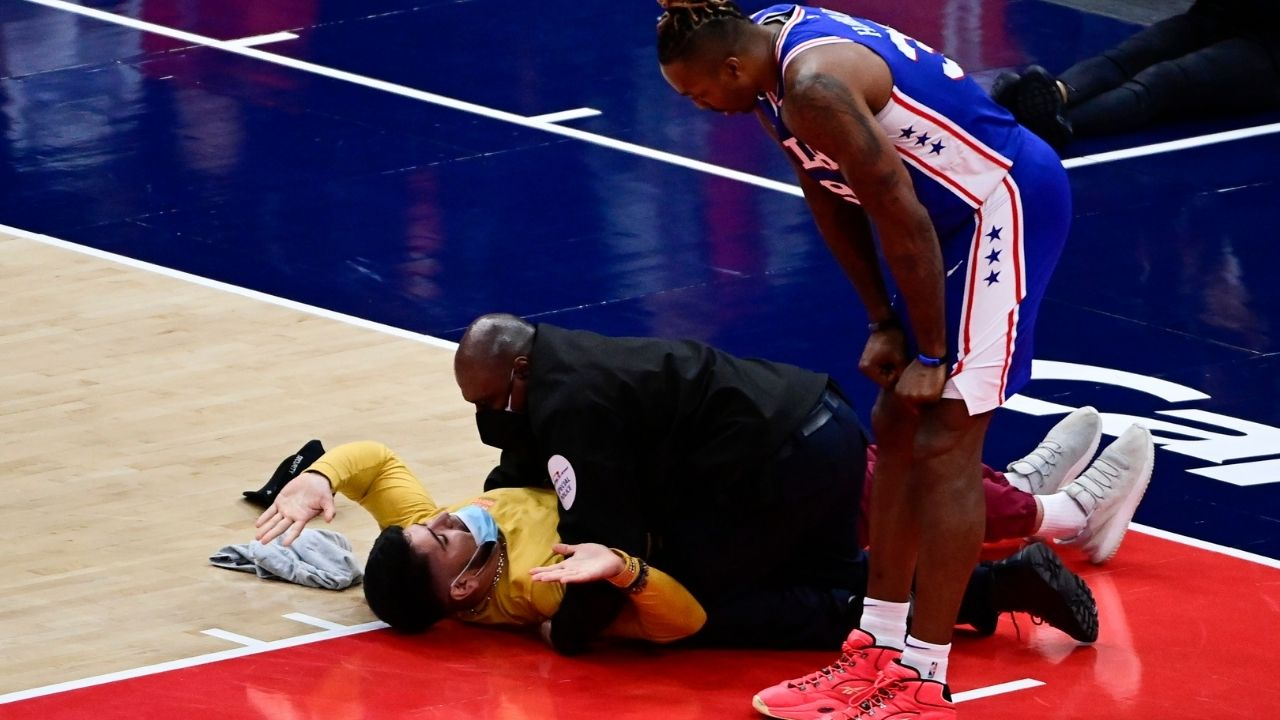 """""""Dwight Howard just leaned over to see what's up"""": Pandemonium reigns at Capital One Arena as Q3 of Sixers vs Wizards Game 4 is disrupted by an intruding fan"""