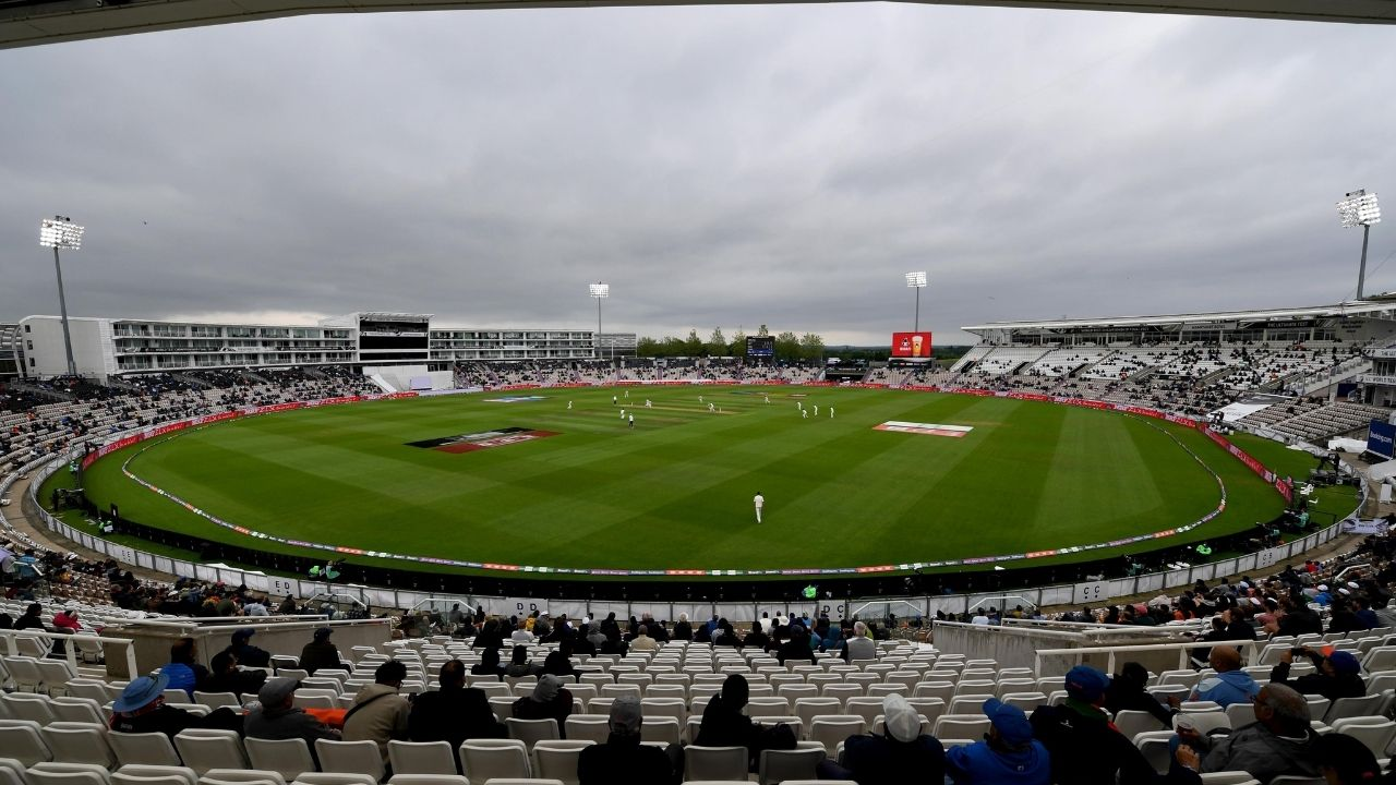 What is Bad Light in cricket: Why play stops in Test cricket due to bad light?
