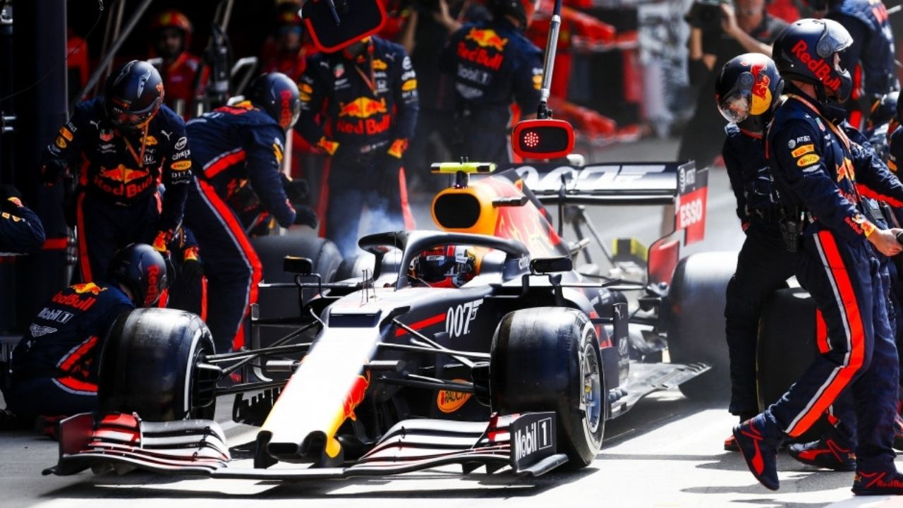 """""""They wanted to steal our advantage during pit stops""""– Red Bull is pissed with Mercedes' antics"""