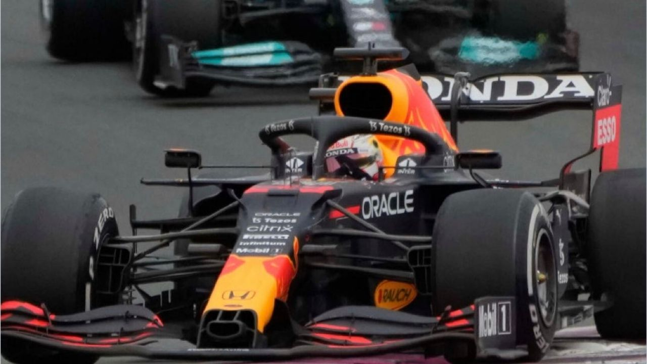 """""""We are just lacking the pace""""– Toto Wolff yields to Red Bull"""