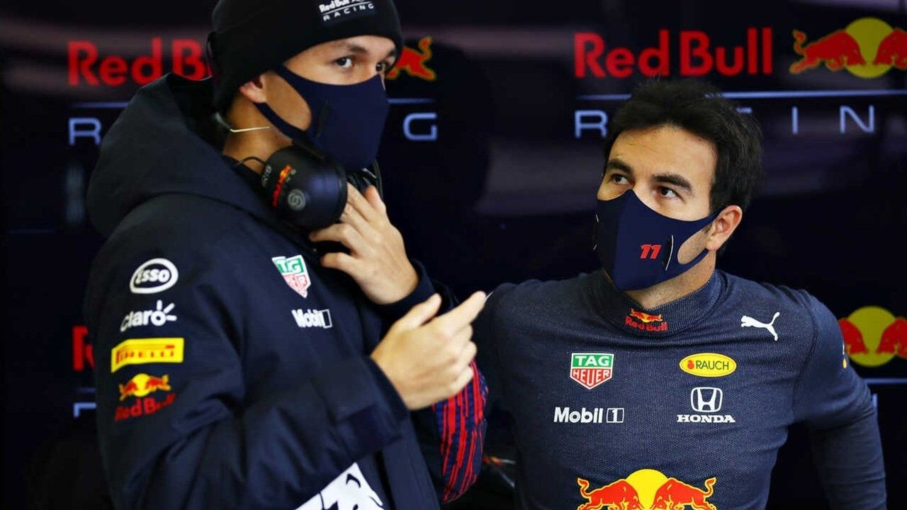 """""""He explained all his issues""""– Sergio Perez is grateful for Alex Albon's help in Red Bull"""