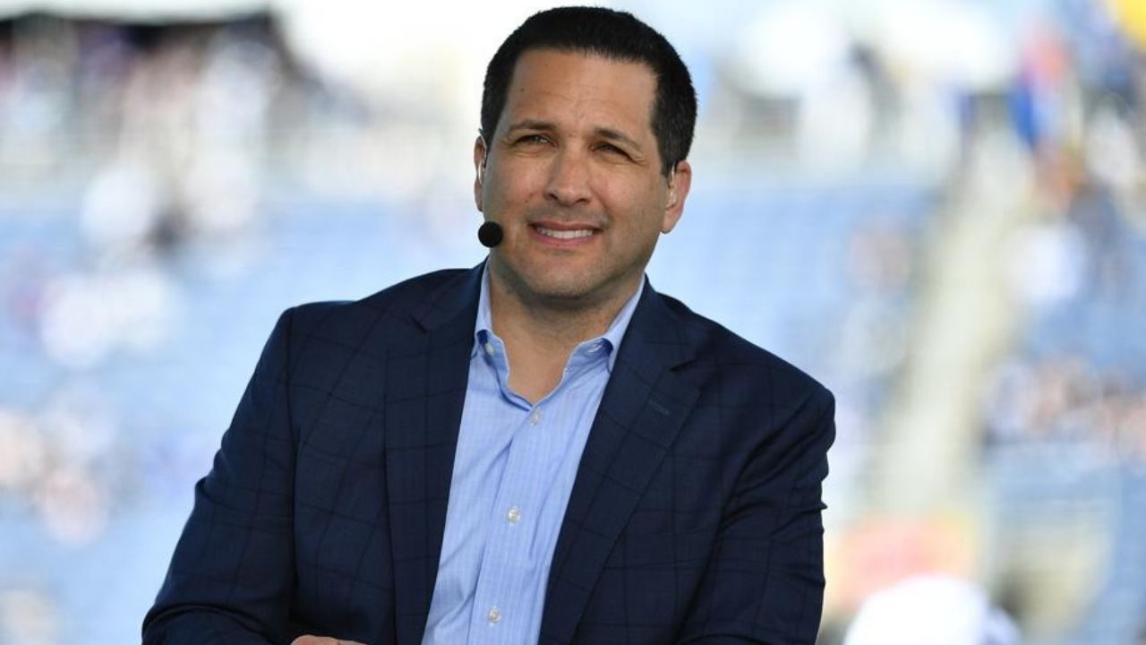 How Much Do NFL Reporters Earn? Tony Romo and Stephen A. Smith Among Highest Paid NFL Analysts