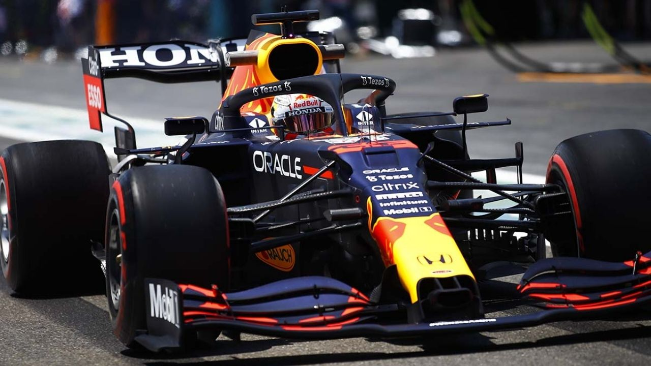 """""""Max Verstappen, he can do it""""– F1 team boss puts money on Red Bull championship win"""
