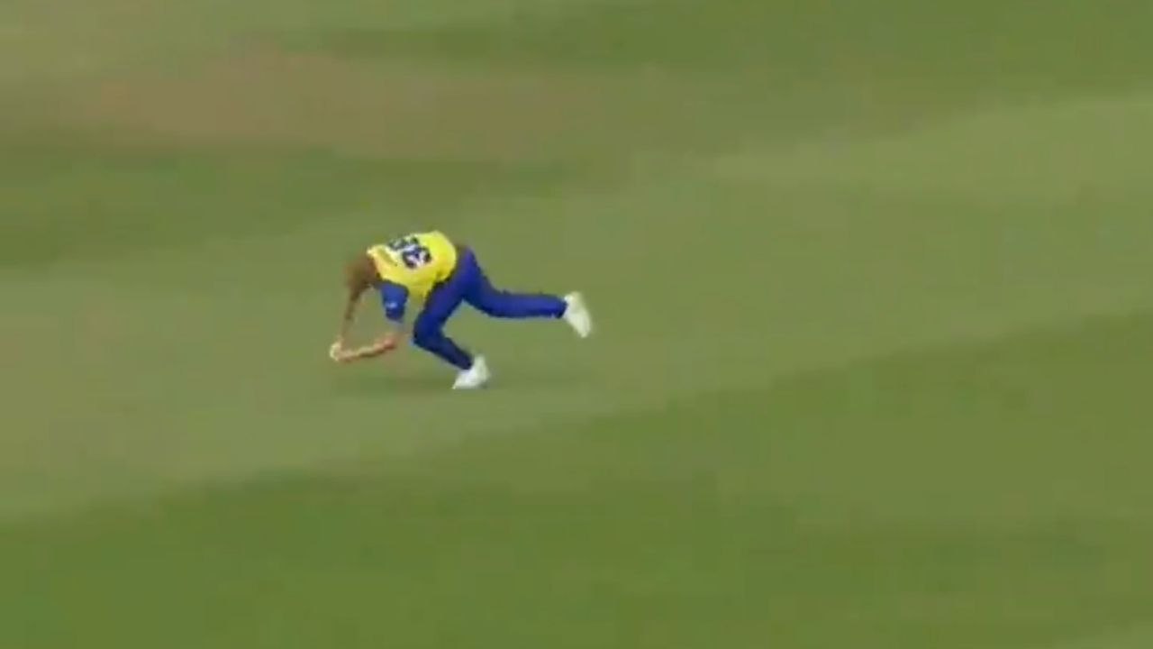Ben Stokes catch vs Birmingham: Stokes grabs outstanding running catch to dismiss Ed Pollock on Durham return in T20 Blast