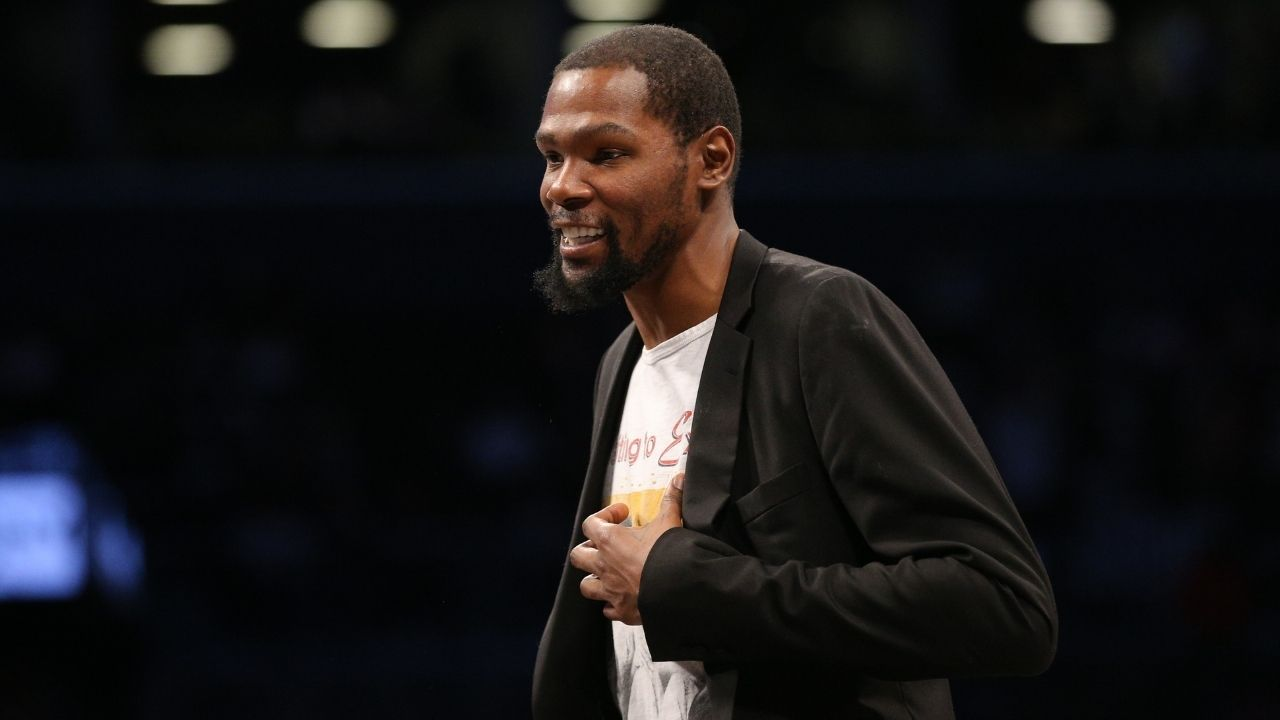 """""""Just tune me out bro, why does it even matter what I do?"""": Kevin Durant silences a fan who tries to tell him how he should appear on social media"""