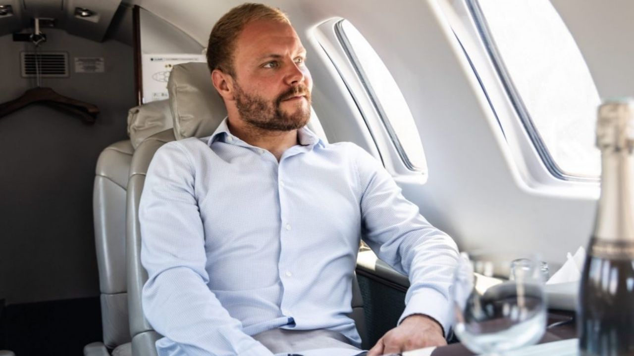 """""""I've been at the airport five-and-a-half hours now""""– Travel disruptions delay Valterri Bottas travel to Azerbaijan"""
