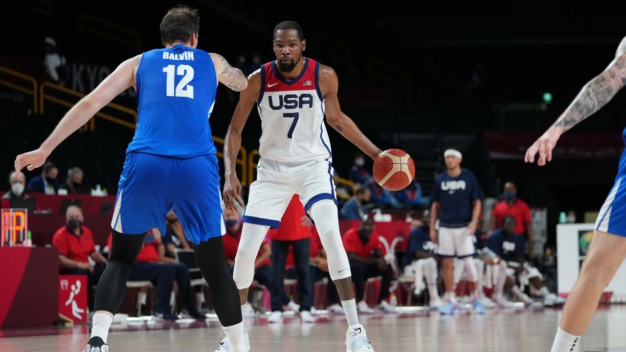 """""""Kevin Durant weakens USA-Czech relations with mean ankle-breaker"""": 4-time NBA scoring champion puts on fantastic display, passes Carmelo Anthony as Team USA's most prolific scorer ever"""