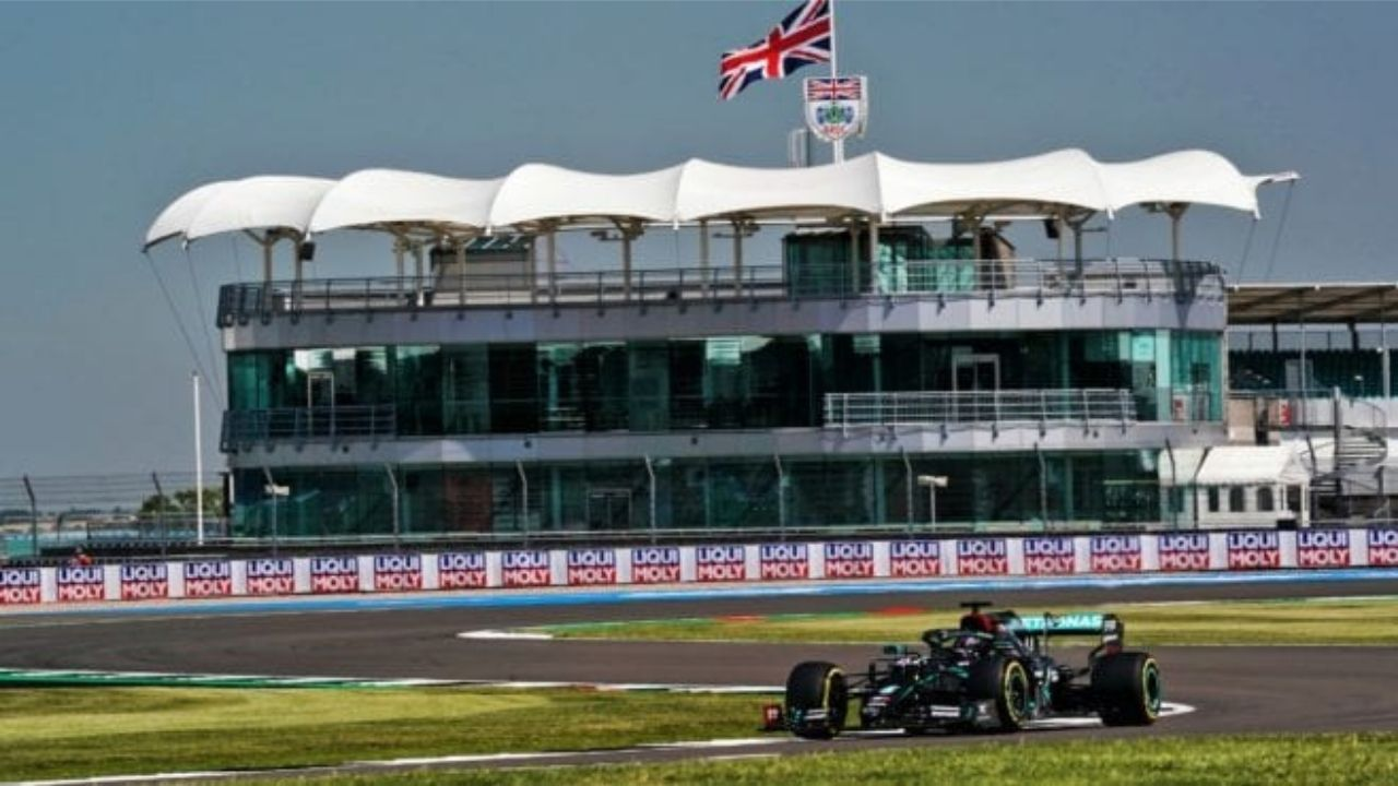 """""""With 140,000 fans it will be buzzing"""" - George Russell cannot wait for British GP in front of a jam-packed Silverstone"""