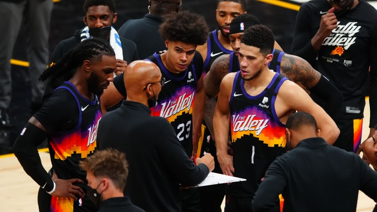 """""""Stop treating Deandre Ayton like a white dwarf"""": Lakers legend Mychal Thompson pulls out astronomy analogies to explain how Chris Paul and Monty Williams are misusing the Suns center"""