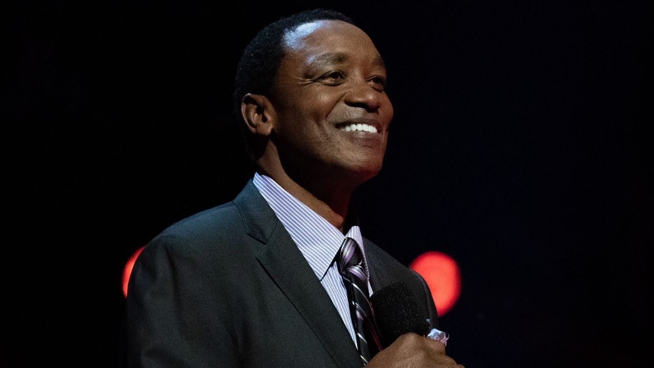"""""""Don't ever call me the N-word"""": Isiah Thomas checks NBA fan for using ni*** while commenting on Michael Jordan and Dream Team Documentary"""