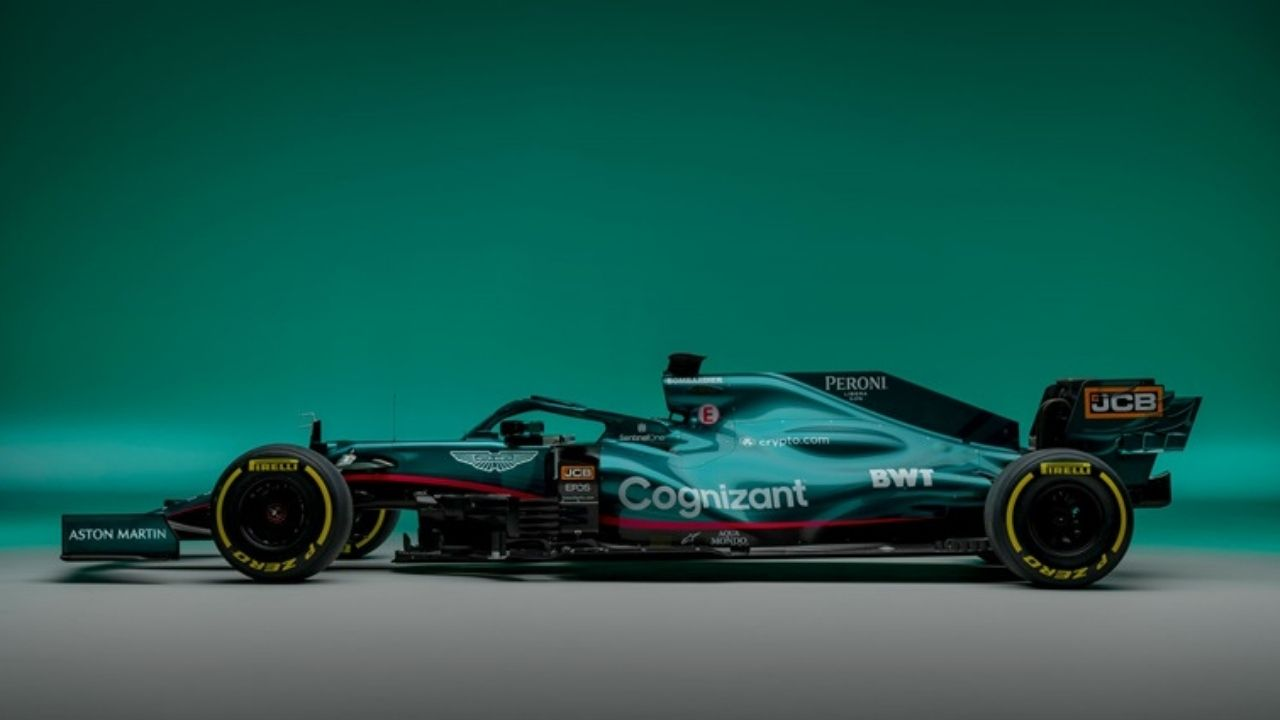 """""""We will do our best to win the world title next year"""" - Aston Martin sets title ambition for 2022"""