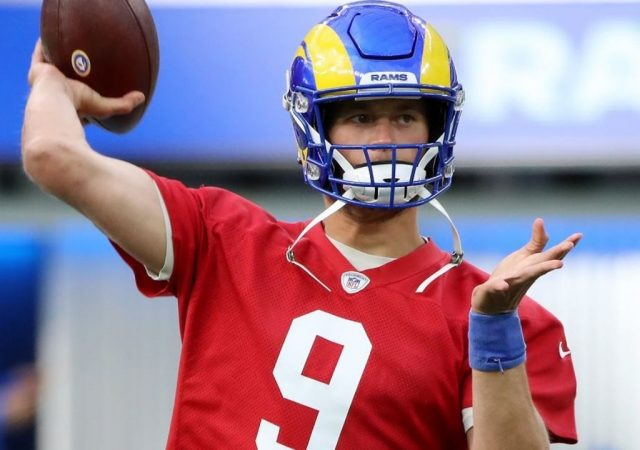"""Matthew Stafford injury update: Stafford practices in first padded practice despite not being """"100 percent"""""""