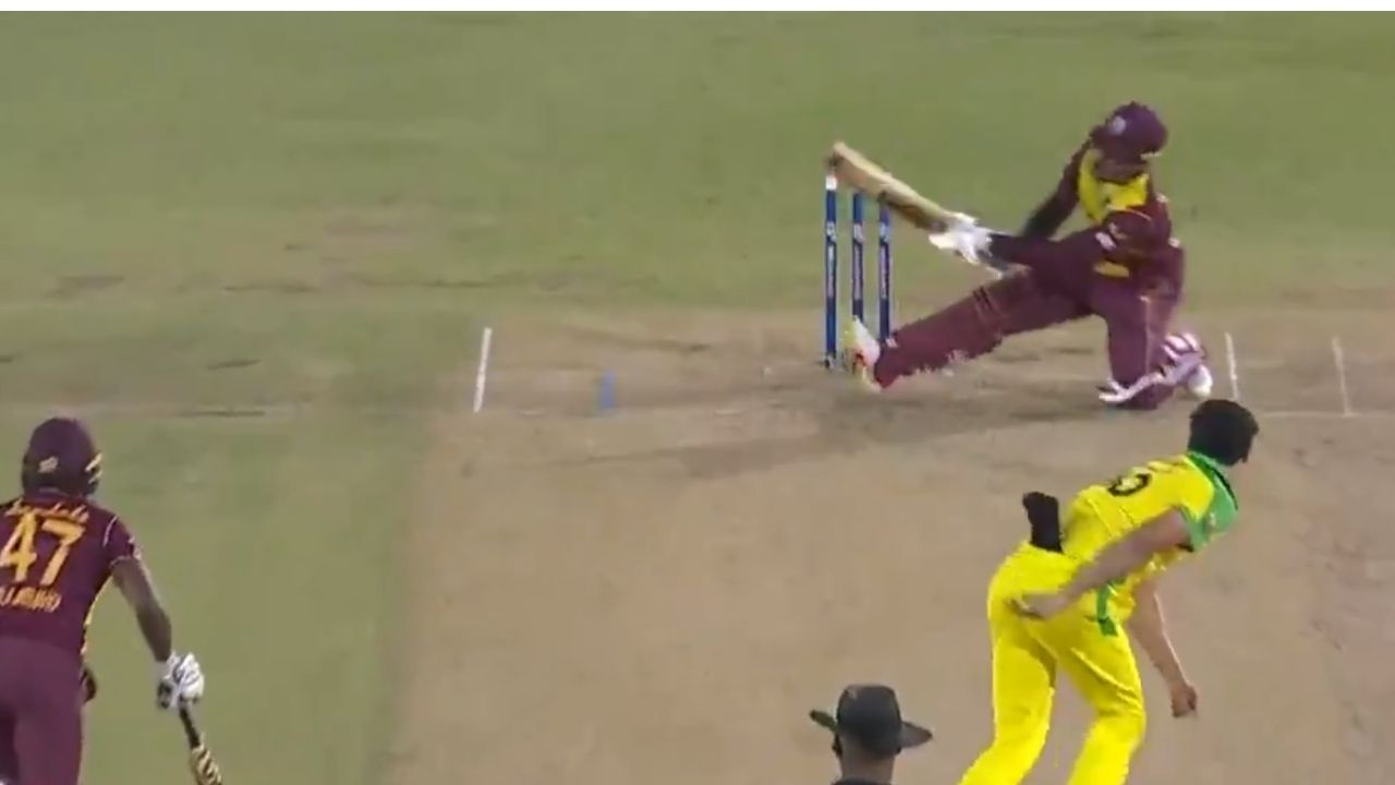 WI vs AUS 2021: Shimron Hetmyer bravely scoops Mitchell Starc for a six to bring up second T20I half-century