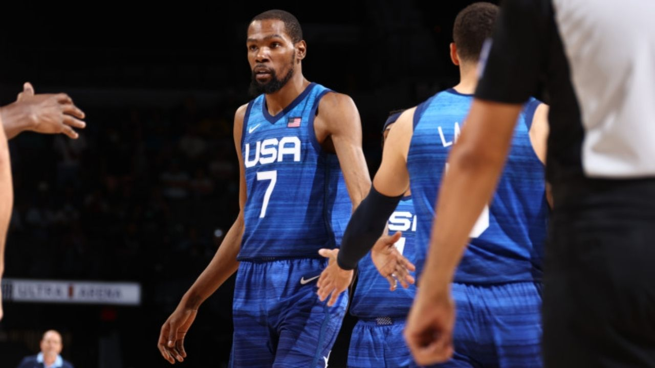 """""""Happy Birthday Kevin Durant!"""": Entire Team USA Olympics contingent trolls the Brooklyn Nets superstar ahead of their opening ceremony"""
