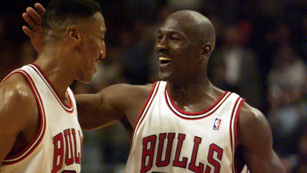 """""""Michael Jordan tried to lure me in to take all of my money"""": Scottie Pippen claims the 'GOAT' gifted him a set of golf clubs in 1987 to trick him into gambling"""