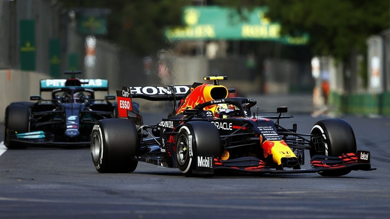 """""""Where does that lap time come from""""– Lewis Hamilton reacts to super lap by Max Verstappen"""
