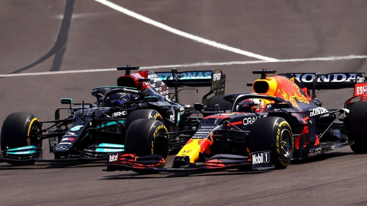 """""""I think they need to cool it a bit""""– Former World Champion recommends Lewis Hamilton and Max Verstappen to go easy"""