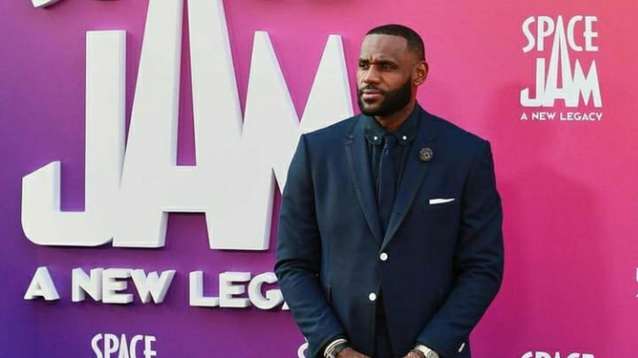 """""""They dubbed me 'The Chosen One' when I was 16 years old"""": LeBron James reveals when he realized he would make it to the NBA"""