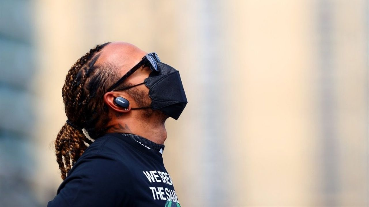 """""""I think he's pretty relaxed""""– Lewis Hamilton relaxed despite never before seen personal attacks"""