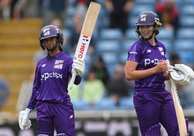 MNR-W vs NOS-W Fantasy Prediction: Manchester Originals Women vs Northern Superchargers Women – 28 July 2021 (Manchester). Harmanpreet Kaur, Emma Lamb, Jemimah Rodrigues, and Kate Cross are the best fantasy picks of this game.
