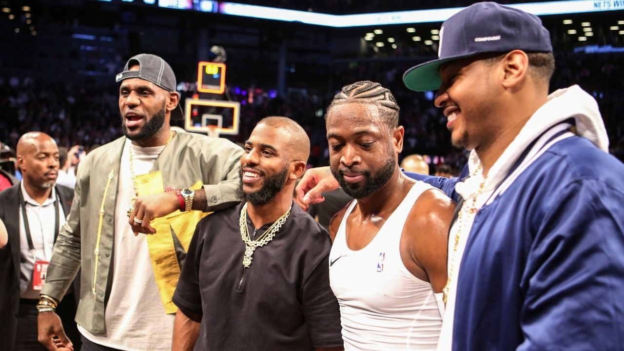 Dwyane Wade traveled all the way to Phoenix to cheer on Chris Paul and the Suns during game 2 of the NBA Finals