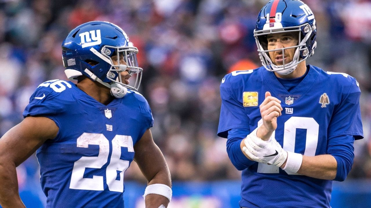 """""""Please stop photoshopping my legs onto your body"""": Eli Manning had jokes for Saquon Barkley after ridiculous workout picture"""