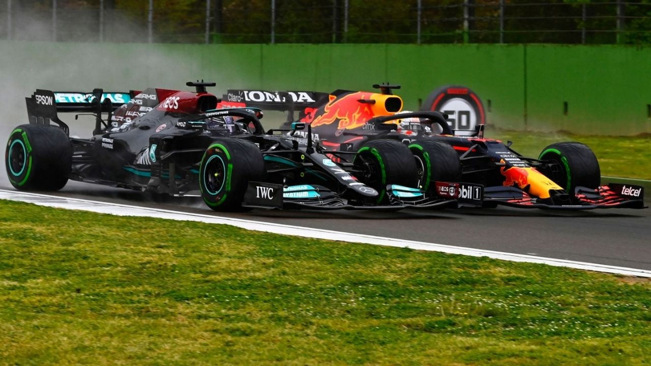 """""""We will see more collisions""""– Toto Wolff claims F1 can't rule out more collisions between Max Verstappen and Lewis Hamilton"""