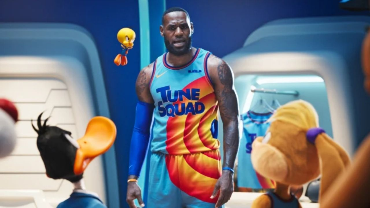 """""""And most important, my haters, I love you guys"""": Lakers' superstar LeBron James shares an excited message as Space Jam: A New Legacy hit the theatres yesterday"""