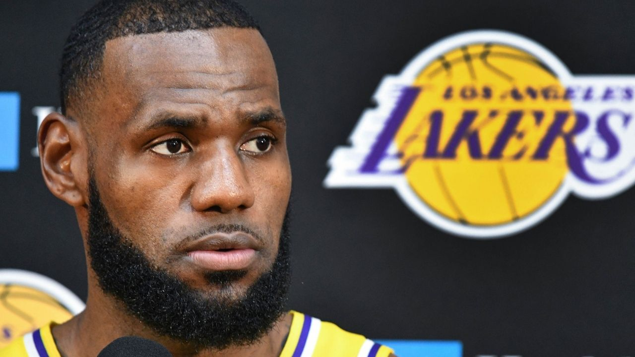 """""""LeBron James has jumped onto the NFT bandwagon"""": Lakers MVP hands out free Space Jam: A New Legacy NFTs ahead of the movie's release"""