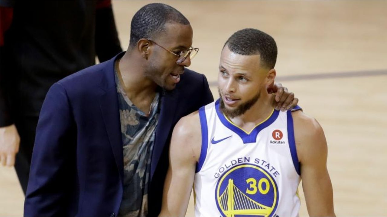 """""""I've never seen that during a game before!"""": Andre Iguodala recalls how Stephen Curry surprised the entire team with his epic trash-talk"""