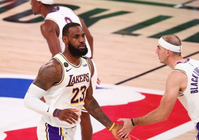 """""""Alex Caruso wasn't made to feel valued by Lakers"""": NBA analysts explain why LeBron James and co could be undone by Rob Pelinka's failure to re-sign 2020 NBA champion"""