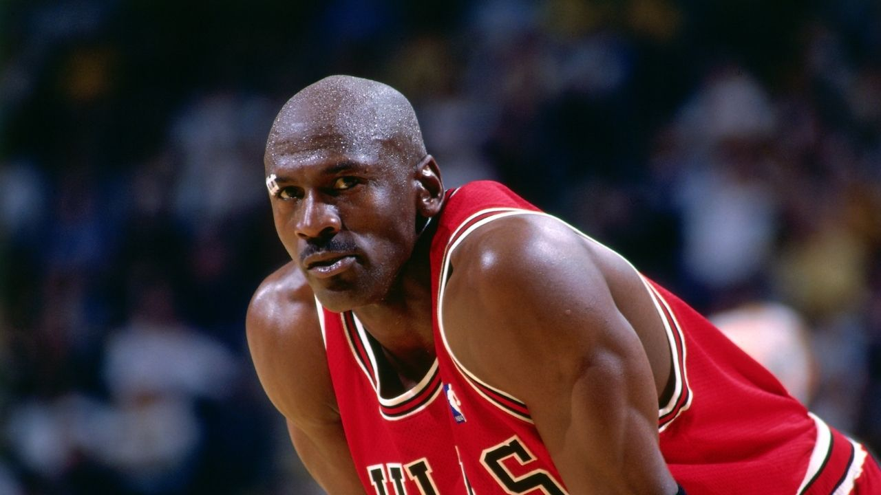 """""""12 minutes on the 'Tonight Show with Jay Leno' earned me $2.5 million"""": Michael Jordan casually claims to have earned millions of dollars in a couple minutes of advertisements"""