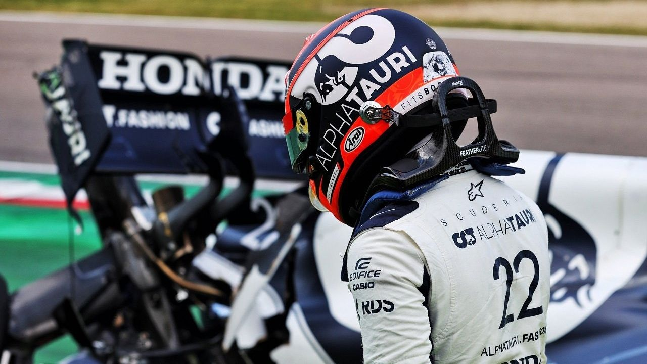 """""""The head is not only there to put on the helmet, but also to think""""– Helmut Marko shows his displeasure with Yuki Tsunoda's performances"""