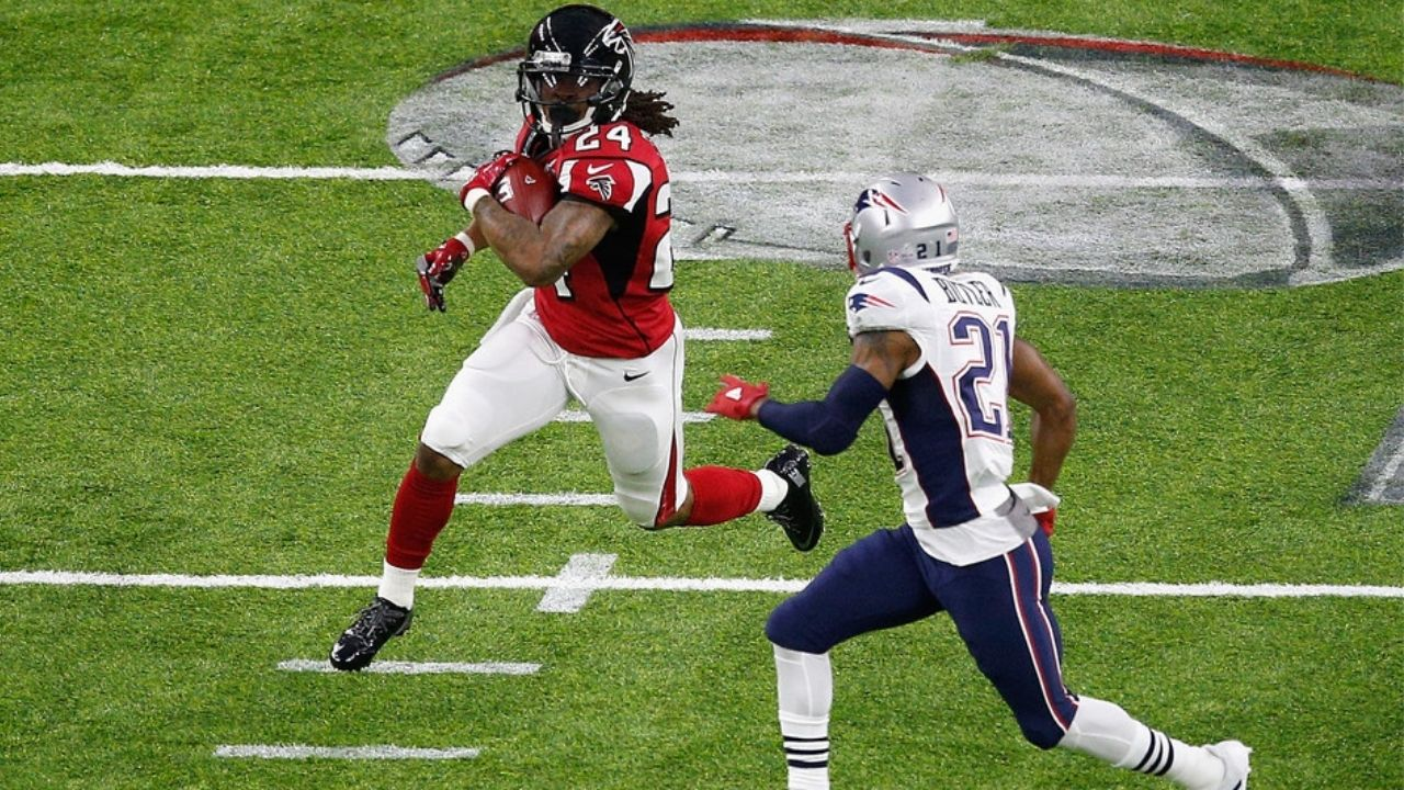 """""""The Atlanta Falcons were dancing and hooraying at halftime"""" Ex-Falcon Robert Alford makes hilarious admission to Malcolm Butler about infamous Super Bowl LI vs Patriots"""