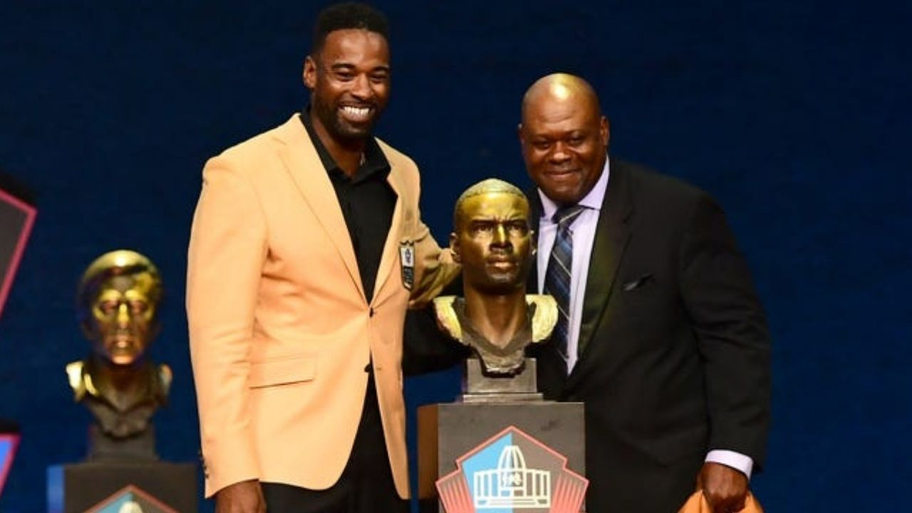 """""""I want to thank Lions fans, the city of Detroit, my teammates and coaches"""": Calvin Johnson throws subtle shade at Detroit Lions organization in HOF speech"""