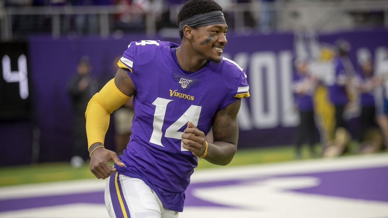 """""""Nobody Want Me To Date They Sister?!"""": When Stefon Diggs Hilariously Became the Star of '96 Questions' Episode With Brian Robinson"""