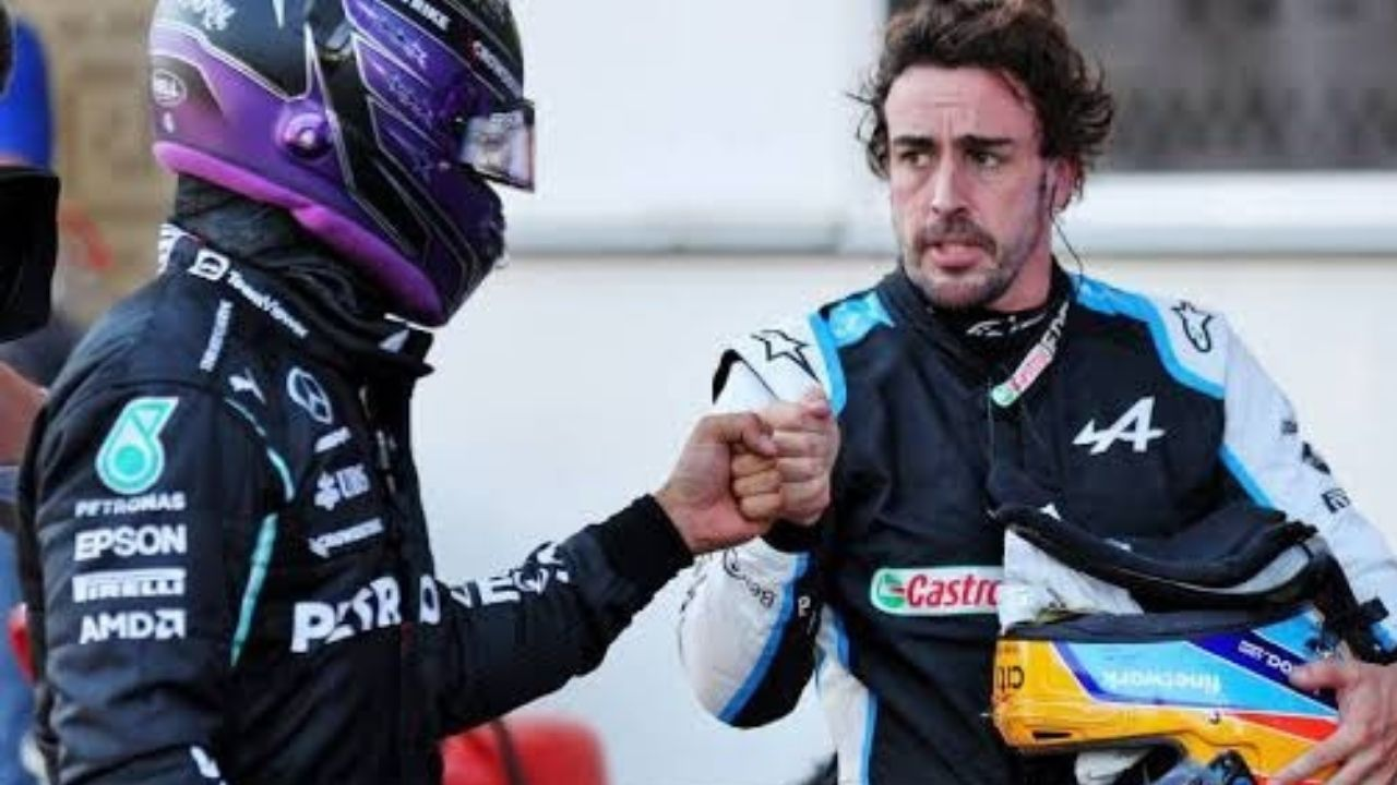 """""""Great wheel-to-wheel battles"""" - Lewis Hamilton delighted after duelling with former teammate Fernando Alonso in Hungary"""