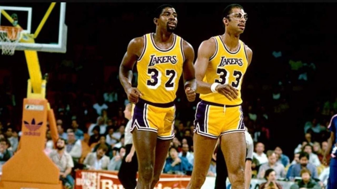 """""""I was such a Kareem Abdul-Jabbar freak, I didn't mind doing work for him"""": When Magic Johnson revealed why he would happily do his rookie duties for the Kareem"""