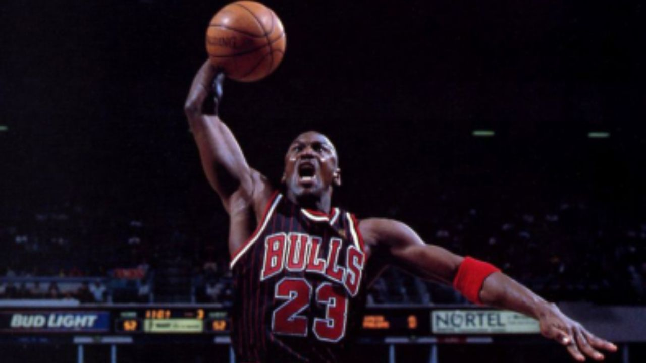 """""""Julius Erving has similar hands to mine and can grip the ball off the dribble"""": Michael Jordan outlines how imperative it is for him to have large hands to dominate"""